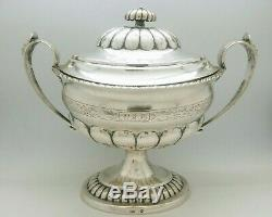 Ancienne Bonbonnière Sur Piédouche Maastricht 1750 Argent Massif Old Silver
