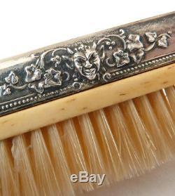Brosse à moustache en argent massif 19e siècle diable démon silver