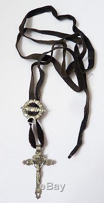 Croix argent massif avec son coulant Bijou du 19e siècle silver cross regiona
