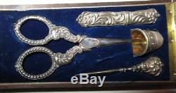 NECESSAIRE A COUTURE ARGENT MASSIF ciseaux solid silver sewing set