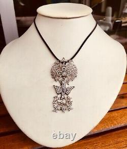 Pendentif Saint Esprit ancien argent / antique French silver Holy Spirit pendant