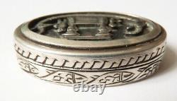 Petite boite à pilules en ARGENT massif décor Egypte égyptomanie silver box