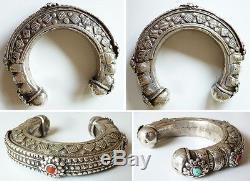 Superbe Ancien Bracelet ethnique en argent massif Afghanistan silver