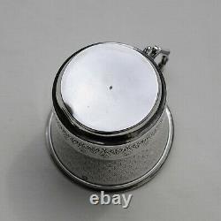 TASSE EN ARGENT MASSIF GUILLOCHE Sterling Silver Cup & Saucer 137 grams ca 1900