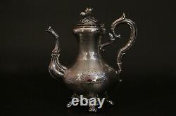 Théière en argent massif, XIXème siècle / Sterling silver teapot 19th